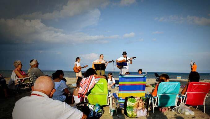 Beach Shabbat