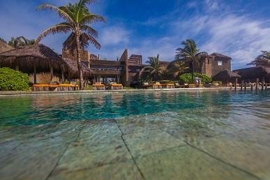 Piscina do Kemnoa Resort e Spa