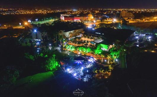 Vista Aérea a noite do Piscina do Mabu Thermas Grand Resort