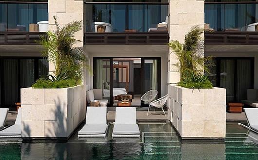 Alcoba Swim-Up Pool