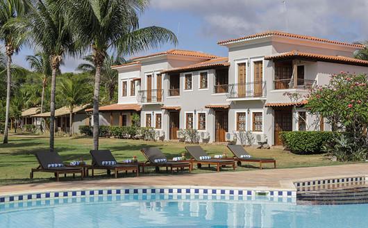 Vista da Piscina do Vila Angatu Eco Resort