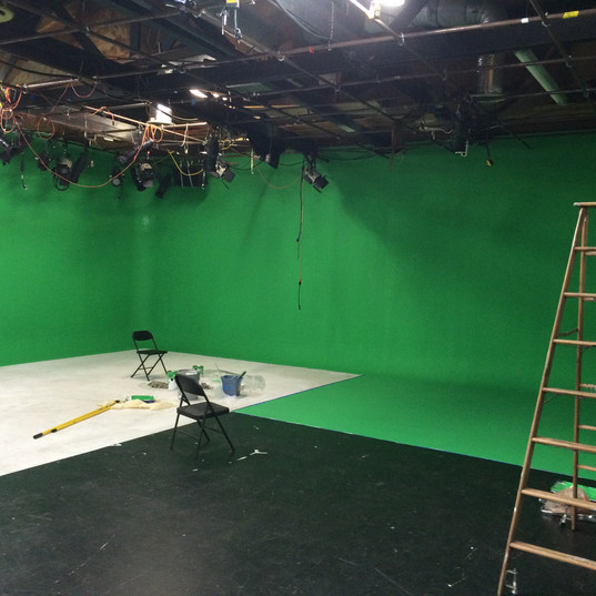 Main Stage / Total Green Screen