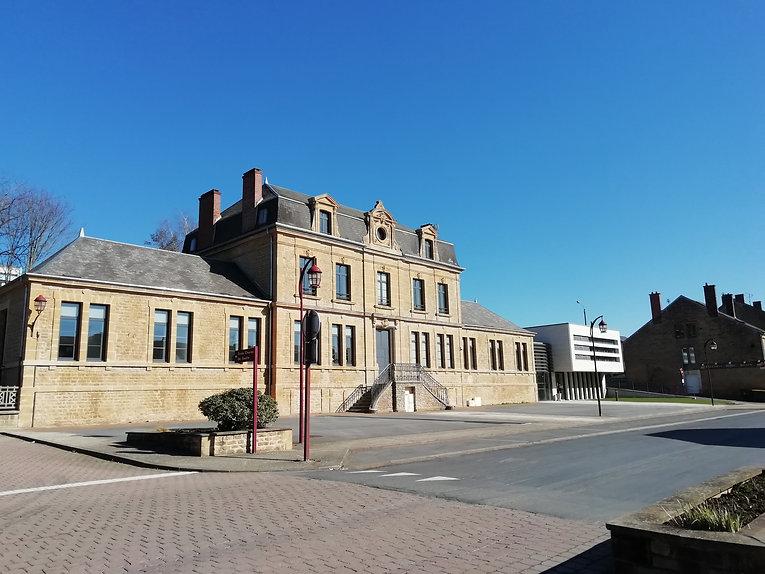 Mairie de Vivier-Au-Court