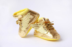 golden wings baby shoes