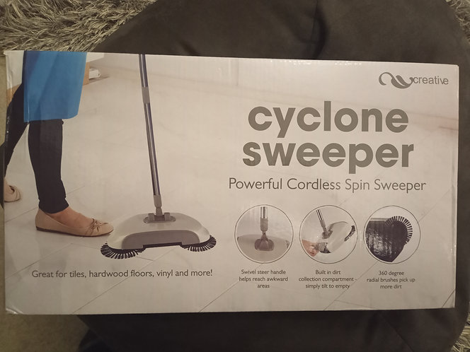 Cyclone sweeper powerful  and cordless
