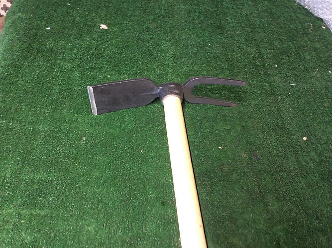 Victoria  Hoe / cultivator  2 in 1 genral purpose tool