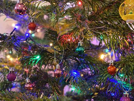 Στολίζω το Χριστουγεννιάτικο Δέντρο