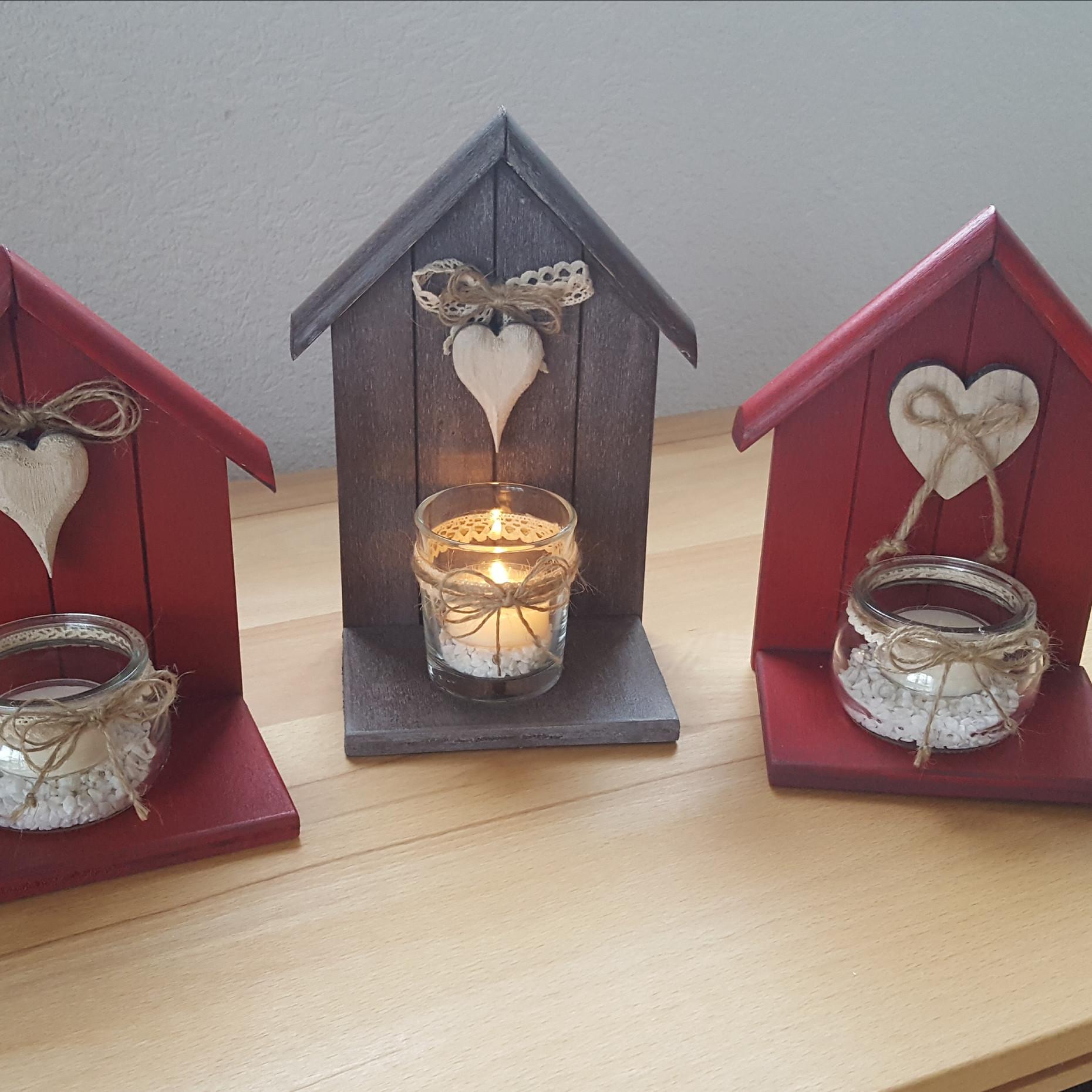 Maisonette photophore Avec un petit coeur Dim. 20 cm/ht x 12 cm