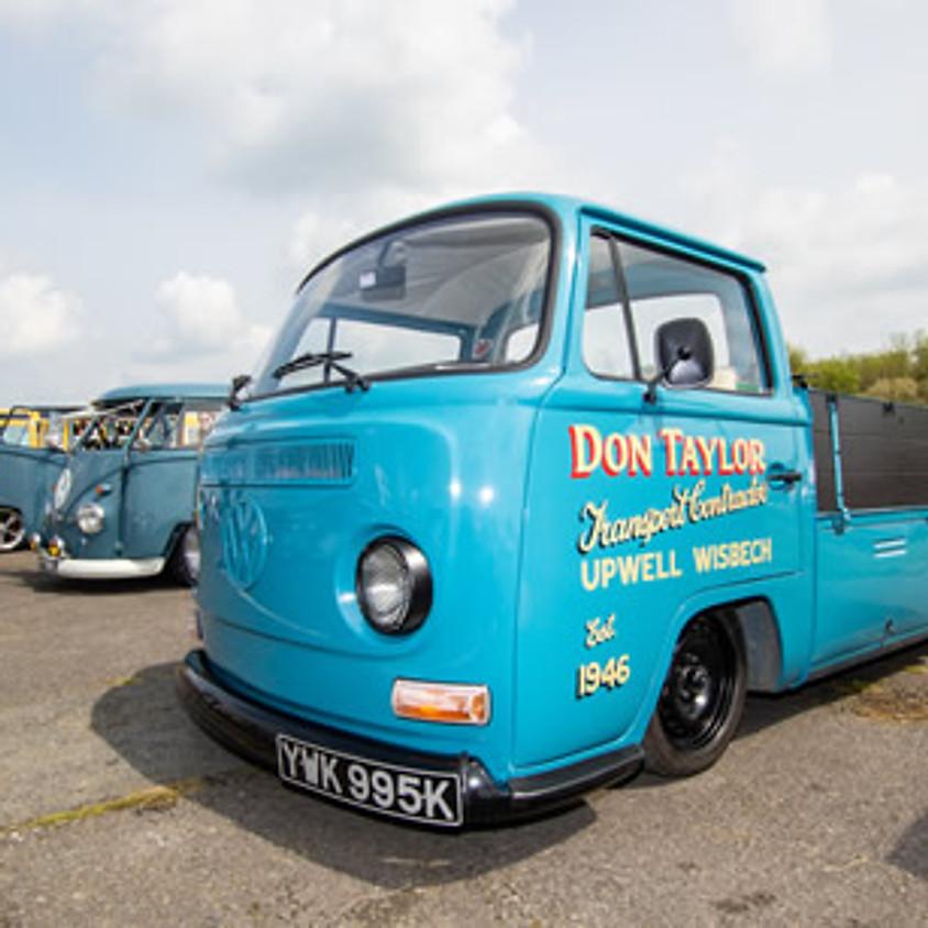 (ALL AGES) David deVYNEL @ Big Bang VW Camper & Bus Show