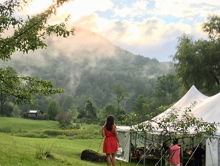 Outdoor tent wedding venue berkshires.pn