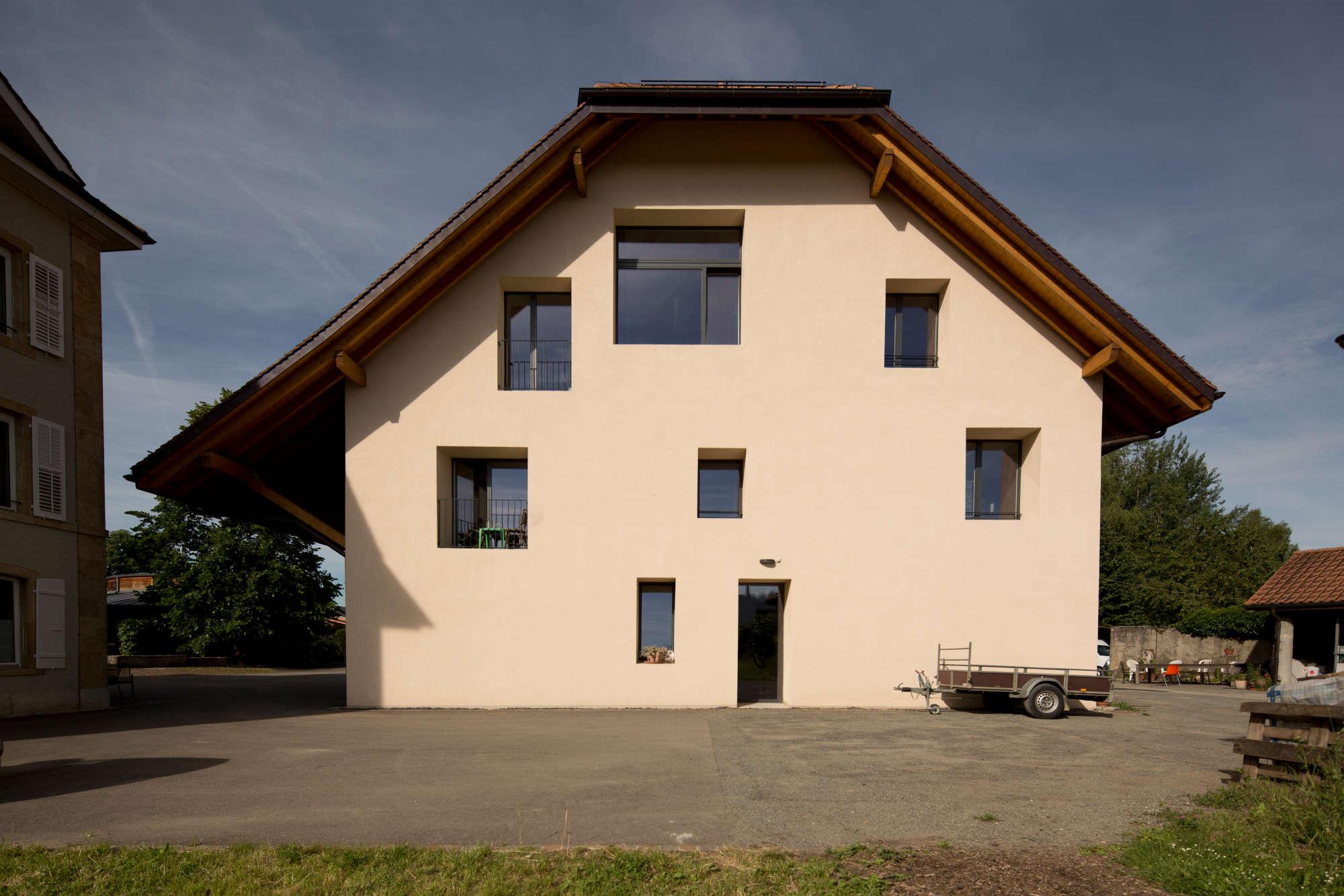 Frontfassade Ateliers.jpg