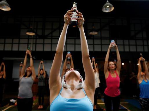 La Yoga y la Cerveza se juntan para relajarte