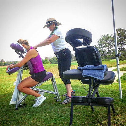 Onsite on the 9th hole of glen abby providing 5 minute massages for golf particpnts.