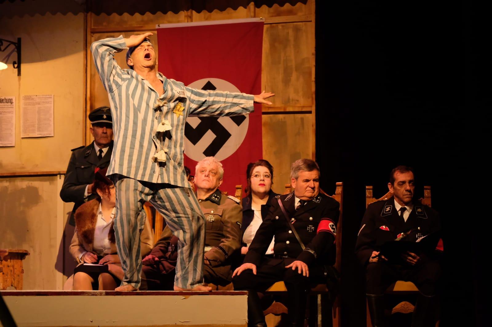 La follia del teatro nel teatro