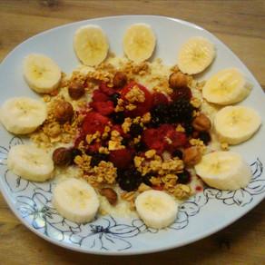Süßes Hirseflocken-Frühstück mit Beeren #vegan#vollwertig pflanzlich#glutenfrei