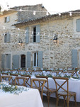 Une_ruche_en_Provence_mariage_V&PE.jpeg