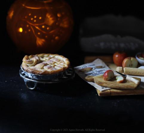 Apple Pie (2020)