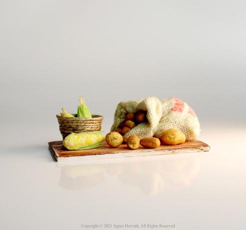 Potatoes & Sweetcorn (2021)
