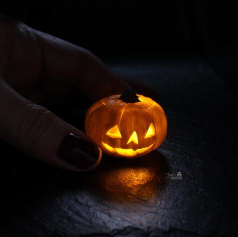 Halloween Light (2020)
