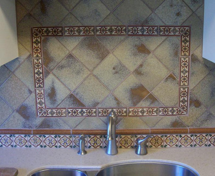 6x6 tile on diagonal centerpiece