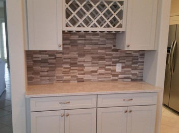 Ungrouted stacked liner stone