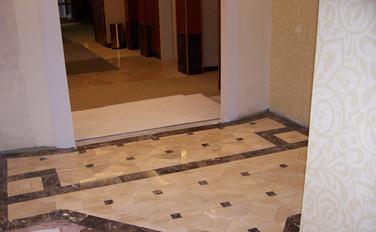 Dermatology entrance with polished travertine marble