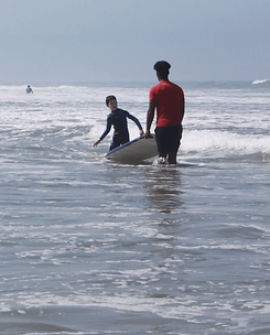 ONE ON ONE SURF LESSON.png