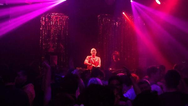 Expereinced club DJs