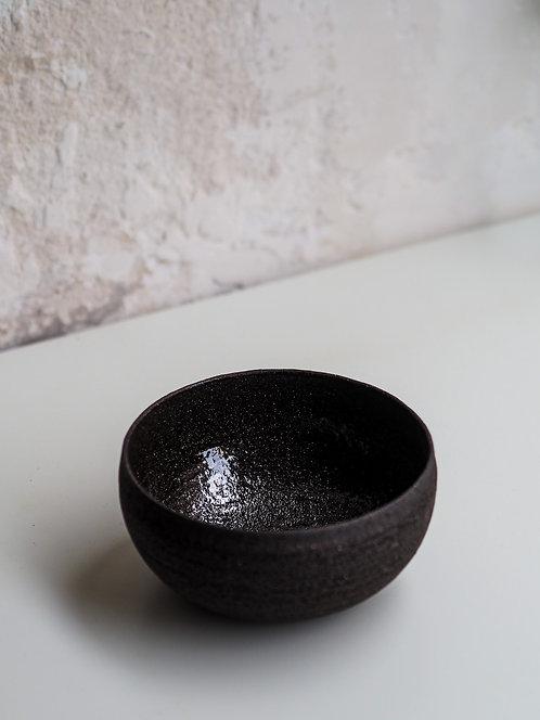bol simple en grès noir chamotté Ø12/H6.5cm