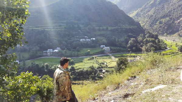 Blood-Line / Line-Of-Control   Keran, Pakistan-Administered-Kashmir