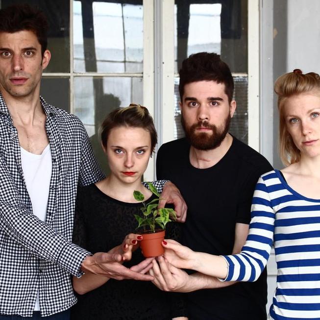 22h : Ficus – danse, chant, théâtre