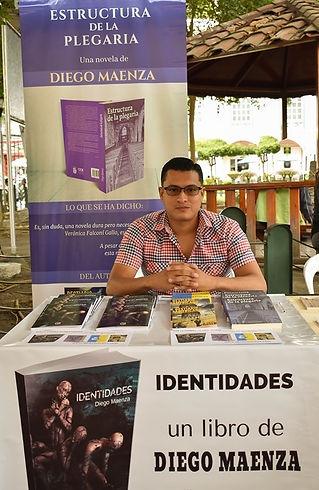 Diego Maenza, 2019 (Feria del autor independiente Luis Félix López en Manta-Ecuador)