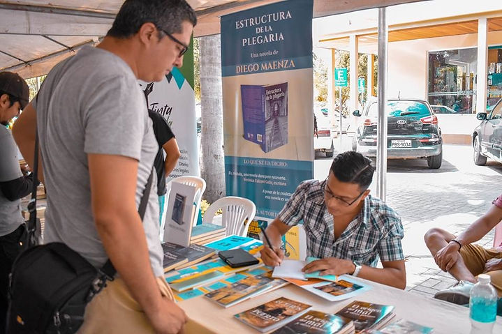 Diego Maenza, 2018 (Primera Feria del Autor Independiente, Manta-Ecuador)