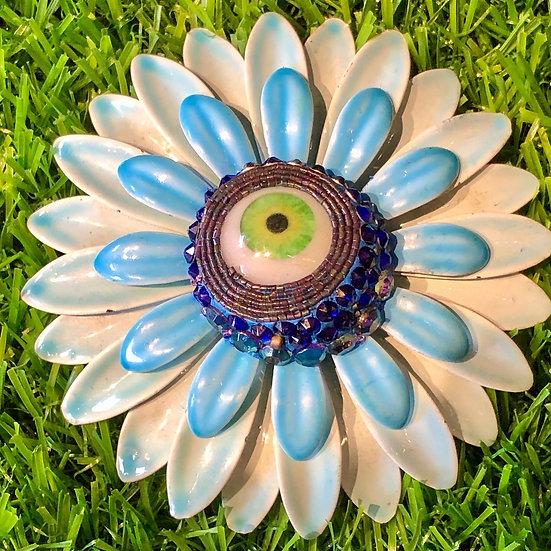 Retro Eye Flower Brooch