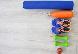 cours-yoga-postural ball-en ligne_edited.jpg