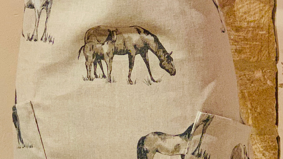 Traditional ponies linen twin pockets