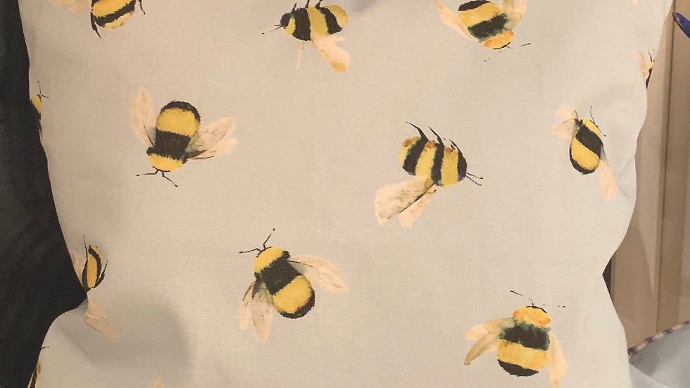 Little bee's 18 x 18inch cushions