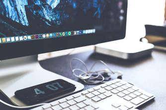 web/graphic designers