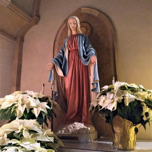Christmas Mary Altar Close (2).jpg