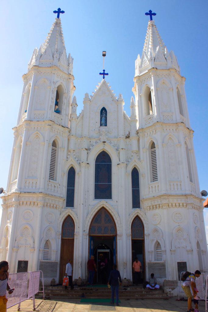 shrine velankanni church popular in a Tamil Nadu road trip