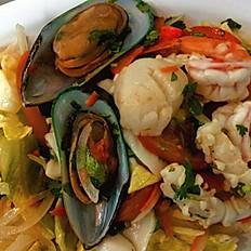 """SEA-SAL: Seafood Salad """"Yum Talay"""""""