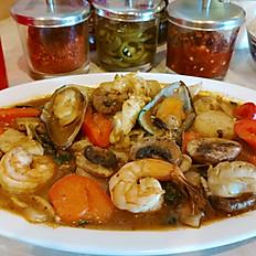 """P-CHA: Spicy Seafood """"Paht Cha"""""""