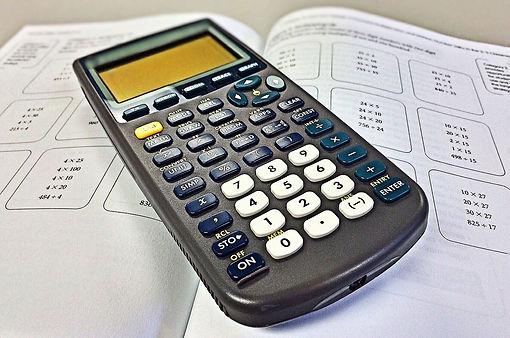 calculator-988017_1920.jpg