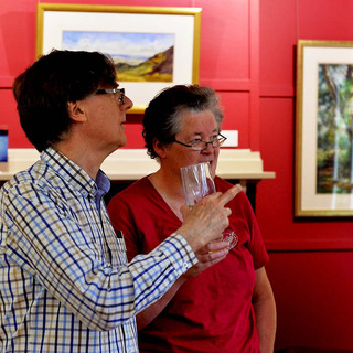 DF7_7060 cc 18in  Ian in Serious Discussion on the arts - e.jpg