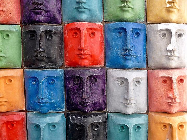 faces-660786_1920.jpg