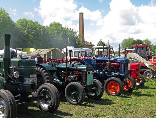 IMG_9360 Tractors Chimney.jpg