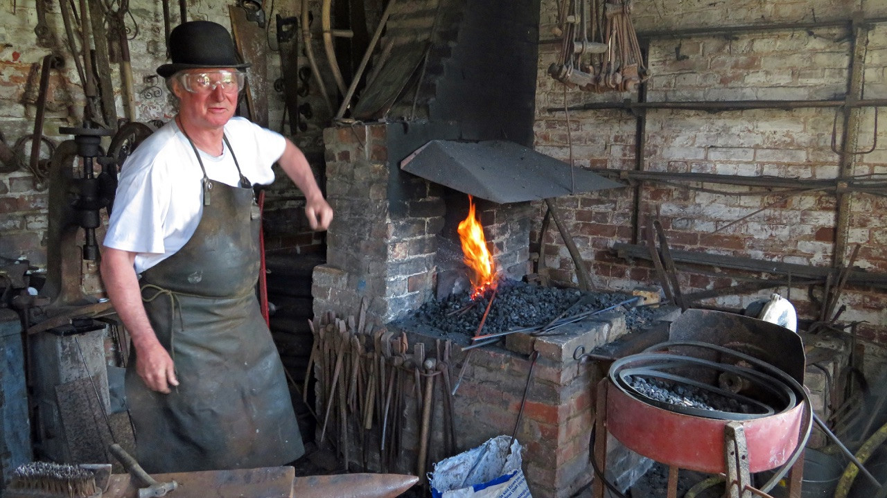 IMG_9244 Ian Blacksmith.jpg
