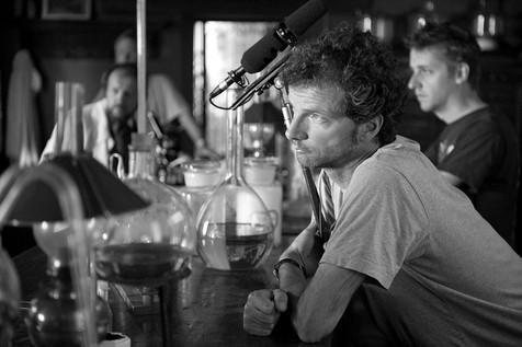 """Sur le tournage de """"Pasteur"""", de Alain Brunard (2010)  Avec André Marcon, Marie Bunel, Bruno Todeschini, Amir Ben Abdelmoumen…"""