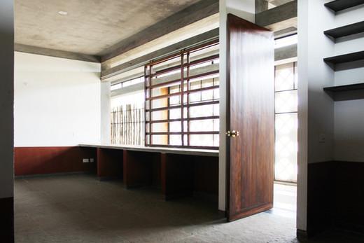 06 Interior(1).JPG