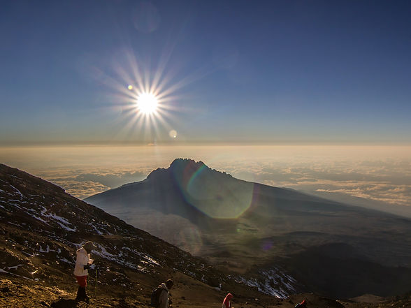 uhuru peak.jpg
